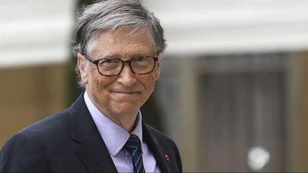 A sus 64 años, Bill Gates ya no está al mando de Microsoft y se dedica a la filantropía.