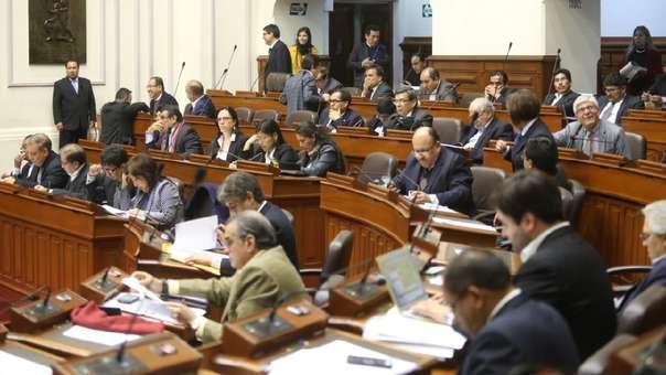 Los congresistas electos completarán el periodo parlamentario.