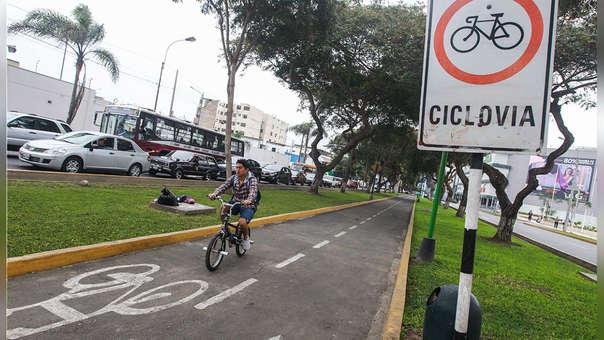 Movilizarse en bicicleta es beneficioso para el medio ambiente y la salud.