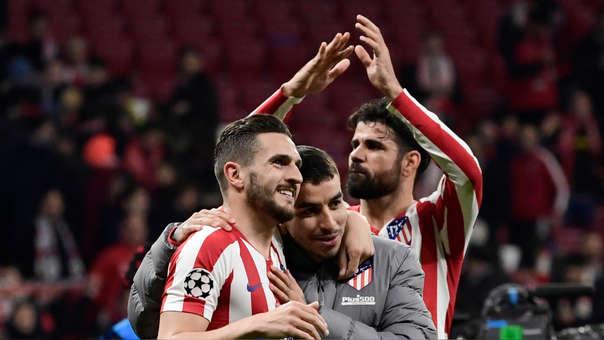 Los jugadores de Atlético de Madrid celebran la victoria ante Liverpool por la Champions League
