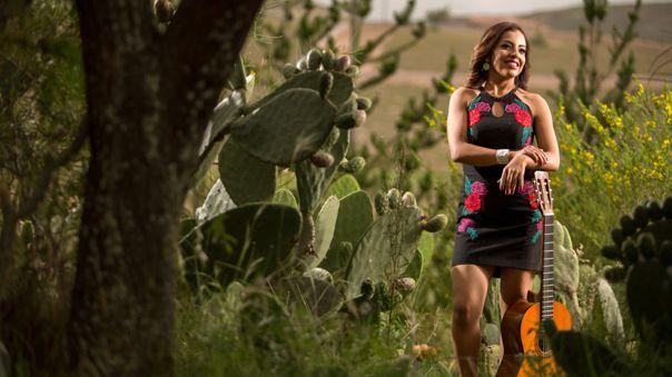 Luz Merly, la cantante ayacuchana que representará al Perú en Viña 2020