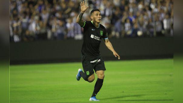 Jean Deza firmó por Alianza Lima hasta la temporada 2021