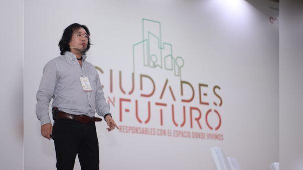 Marino Morikawa contó sobre sus proyectos para limpiar el Lago Titicaca y el Río Chillón durante el foro Ciudades con Futuro.