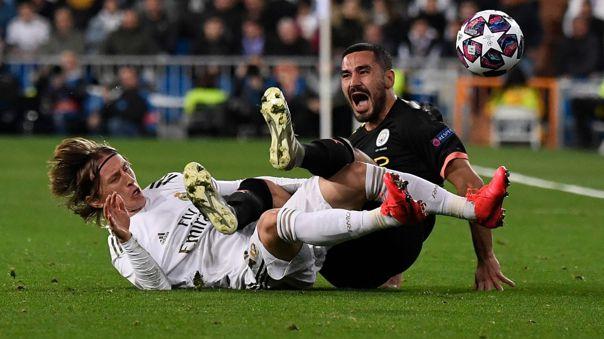 UEFA suspendió partidos de octavos de final de la Champions League por el coronavirus
