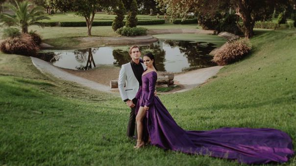 Debido a la pandemia, la actriz Karina Jordán dio a conocer que postergará su matrimonio con Diego Seyfarth. La pareja se iba a casar el próximo 28 de marzo.