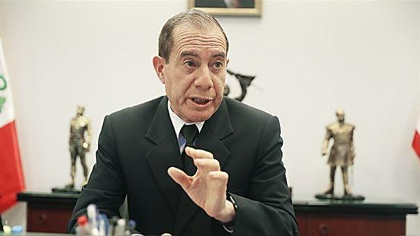 El ministro de Defensa dijo que el oficial Cueva Calle fue separado de las acciones destinada al cumplimiento de la inmovilización social obligatoria, pero no ha sido separado del Ejército.