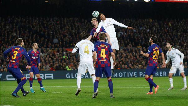 UEFA asume que no habrá fútbol al menos hasta junio
