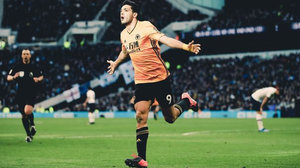 Raúl Jiménez afronta su segunda temporada con Wolverhampton de la Premier League