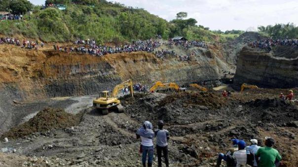 El accidente se produjo el jueves en la noche y desde entonces se inició la búsqueda de los mineros.