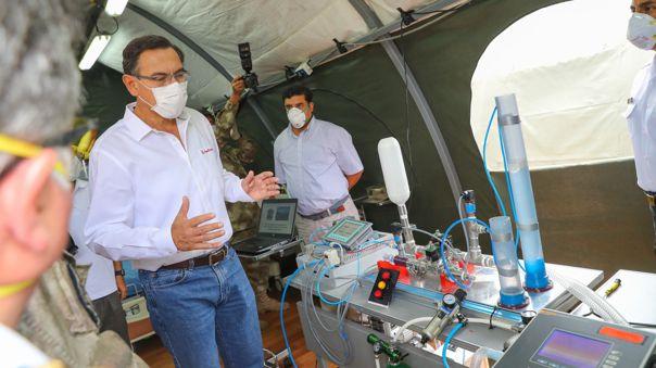El presidente visitó el Centro Médico Naval del Callao.
