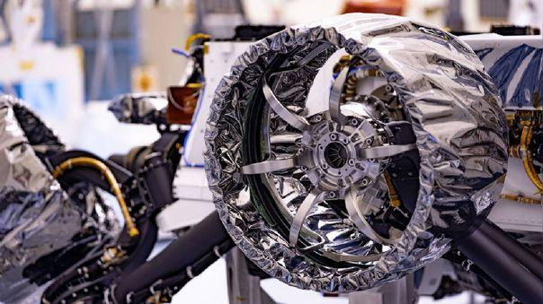 Así lucen las ruedas de Perserverance.
