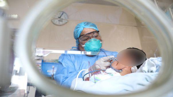Dos niños nacieron en el hospital Rebagliati.