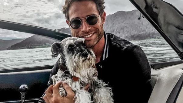Sebastian Rulli deja sentido mensaje para su mascota.