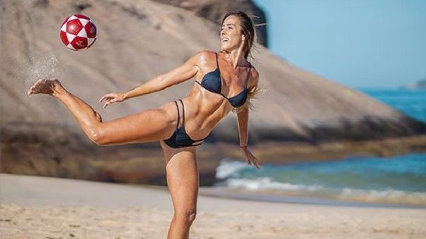 Natalia Guitler, la brasileña que supera en teqball a Neymar y Ronaldinho
