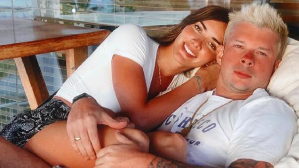 Mario Hart y Korina Rivadeneira se convertirán en padres.