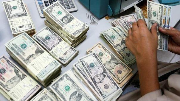 Dólar Cierra La Semana Con Ligera Baja