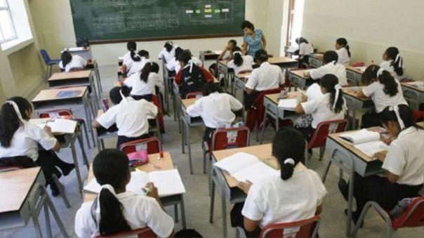 El retorno a clases estaba programado para el 4 de mayo.