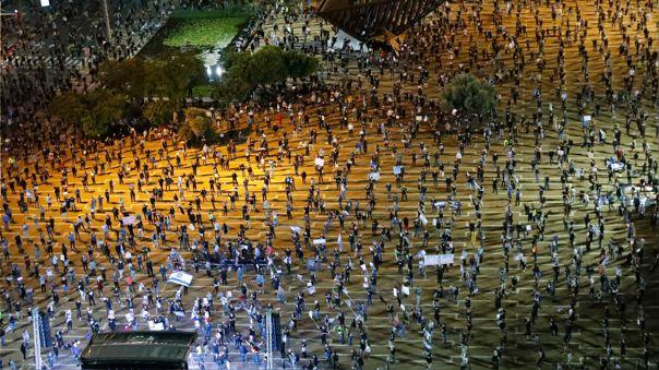 Unos 2.000 manifestantes, según los medios israelíes, atendieron al llamado del movimiento de las