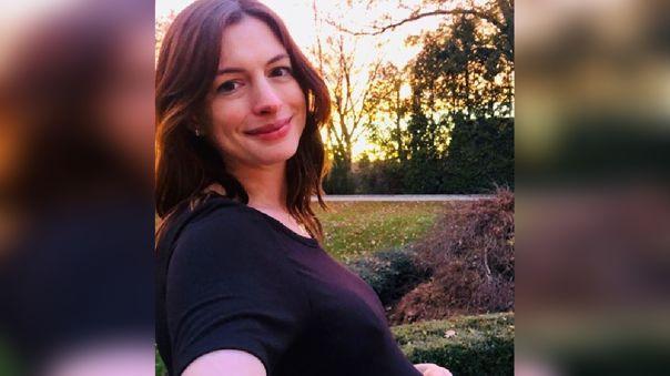 La actriz rompió la redes sociales con su fotografía.