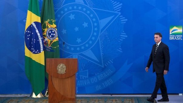 Jair Bolsonaro pierde respaldo en medio de la crisis por el coronavirus