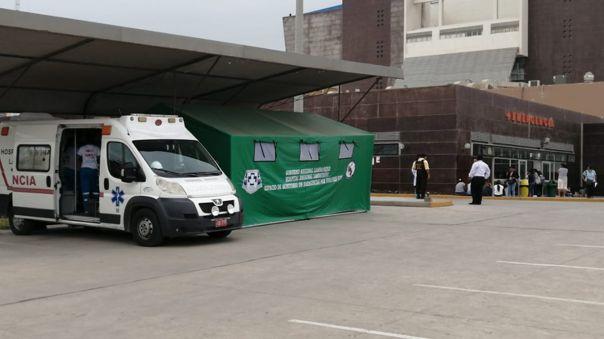 Una ambulancia para el traslado de pacientes por la COVID-19