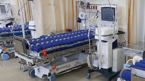 Gobierno informa sobre la situación de camas UCI.