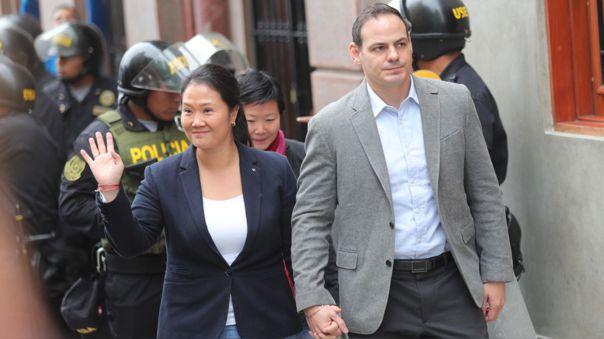 Keiko Fujimori y Mark Vito Villanella