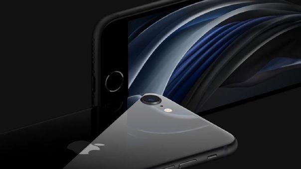 El iPhone SE 2020 no cuenta con Face ID y se apoya en el sistema huella digital Touch ID.
