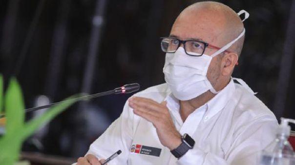 Ministro de Salud Víctor Zamora respondió sobre la fecha tentativa para el regreso del fútbol peruano