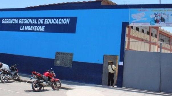 Autoridades educativas confirman contagio de maestros con la COVID-19