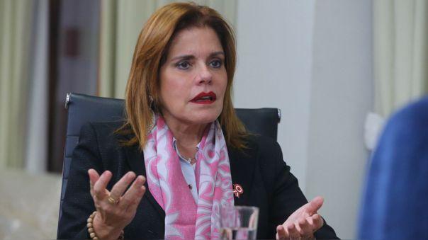 El congreso aprobó la renuncia de Mercedes Aráoz con 115 votos a favor.