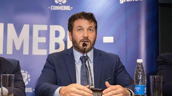 Alejandro Domínguez mostró su sorpresa al no ser consultado por FIFA sobre la nueva regla de cinco cambios por equipo