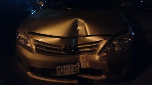 Auto de alcalde de Pomalca quedó en estas condiciones.