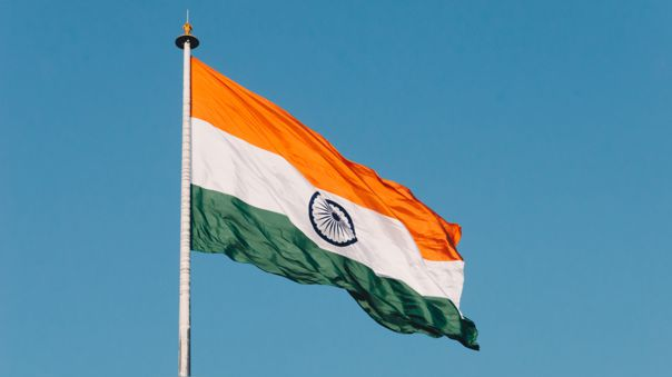 India autoriza a empresas tecnológicas la producción de smartphones en plantas locales