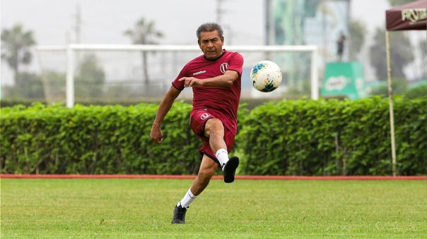 Héctor Chumpitaz se recupera del COVID-19