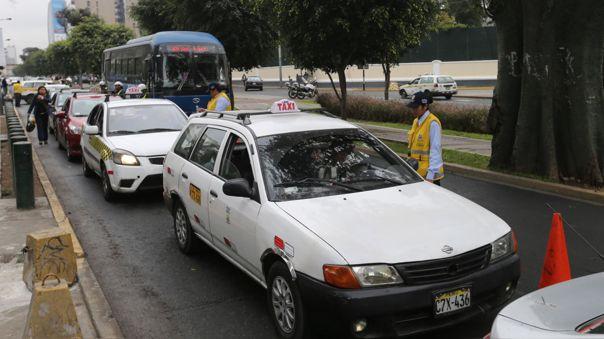 El Ministerio de Transportes y Comunicaciones y los gobiernos regionales y locales serán los encargados de autorizar este servicio en los diferentes ámbitos