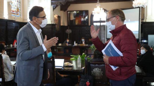 Vizcarra y Muñoz se reunieron esta mañana.