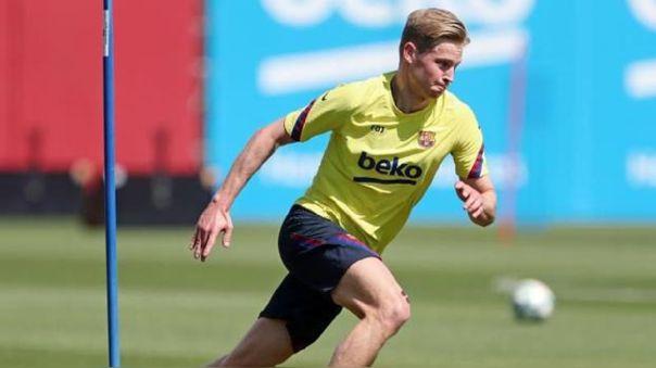 Frenkie De Jong en su primera práctica con el FC Barcelona tras estar en cuarentena