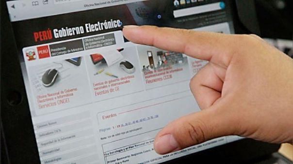 Un estudio de Olatics del año 2017 señaló que el 50% de peruanos no accede a internet porque no sabe cómo usarlo.