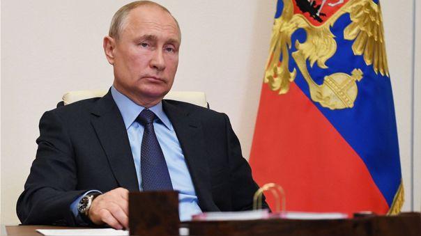 Vladímir Putin, presidente de Rusia, durante una reunión virtual en su residencia.