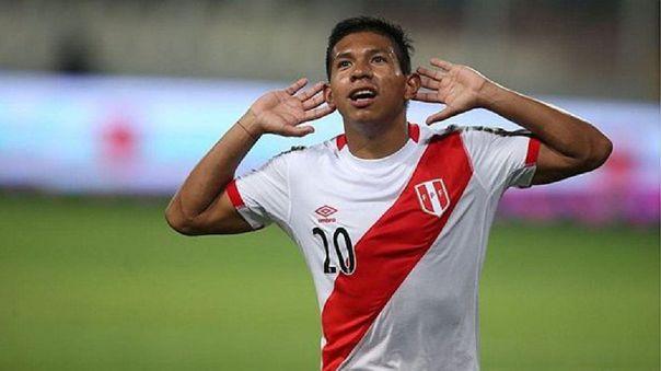 Edison Flores celebrando el gol a Uruguay en las clasificatorias rumbo a Rusia 2018