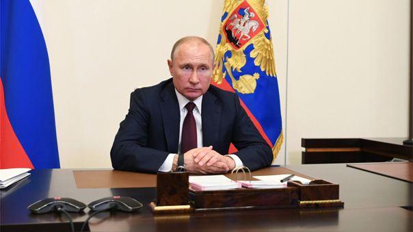 Rusia registró el martes un doble récord, tanto en el número de muertos en 24 horas por COVID-19 como en el de curaciones de esta enfermedad.