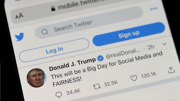 La corrección enfureció a Trump, quien firmó una orden ejecutiva dos días después para quitar la protección legal a las redes sociales.