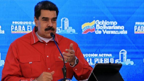 VENEZUELA-IRAN-HEALTH-VIRUS-CRISIS-GASOLINE-MADURO