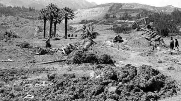 El terremoto y posterior aluvión acabó con la vida de unas 70 000 personas.