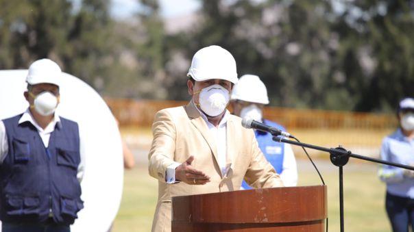 Gobernador de Arequipa multado por no realizar acciones contra la COVID-19