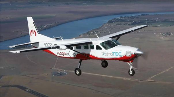 Primer vuelo del avión eléctrico eCaravan