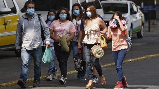 México superó los 100 000 casos de COVID-19-