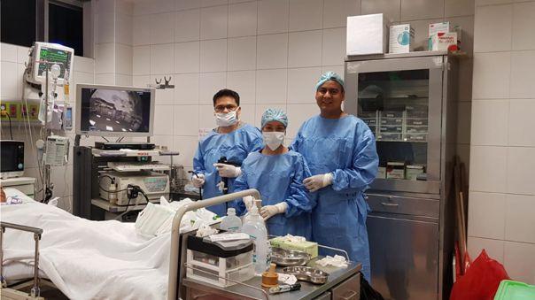 Médico se contagió de coronavirus y ahora atiende a pacientes gratis