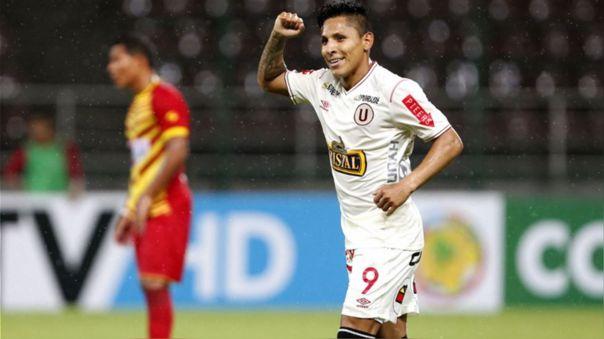Raúl Ruidíaz debutó con Universitario en 2009